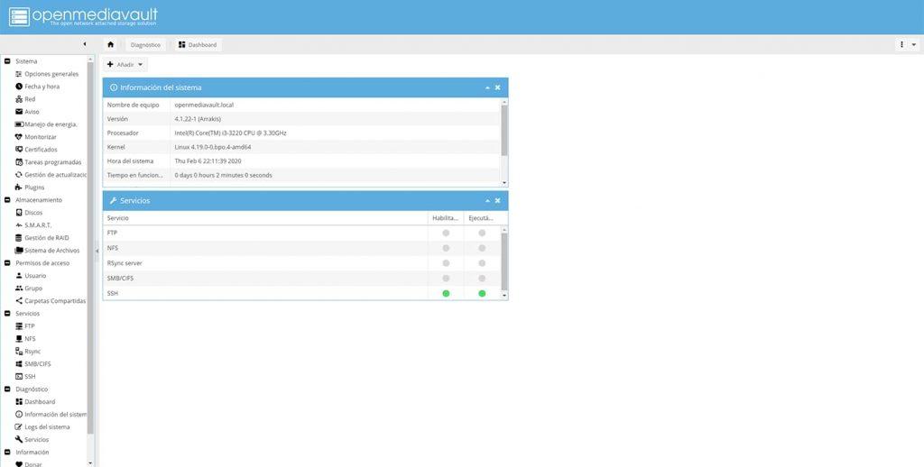 Interfaz del servidor NAS casero con OpenMediaVault